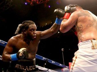 Канадец Стиверн завоевал титул WBC в супертяжелом весе, нокаутировав Арреолу