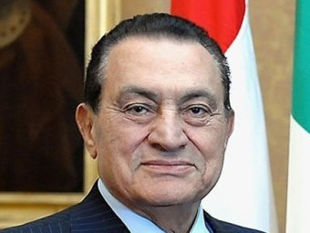 Мубараку дали три года тюрьмы за коррупцию