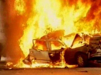 В Симферополе возле городской больницы взорвался автомобиль