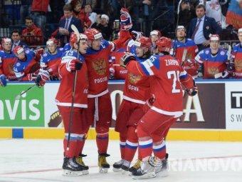 Российские хоккеисты обыграли финнов в матче ЧМ по хоккею