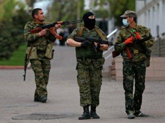 В Луганске сторонники федерализации заняли здание военкомата