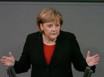 Меркель осудила проведение военных парадов в Крыму 9 мая