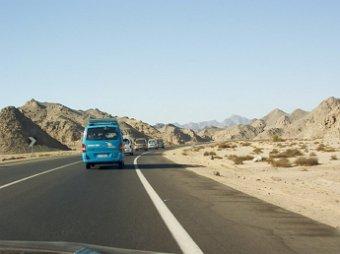 В Египте перевернулся автобус с россиянами, 10 пострадавших