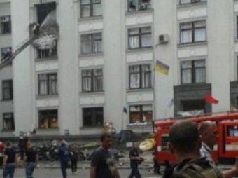 По Луганску нанесен второй авиаудар: обстрелян блокпост, есть жертвы.