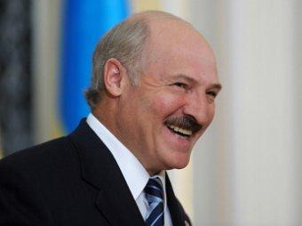 Лукашенко посмеялся над угрозой о приезде Путина в Белоруссию на танке