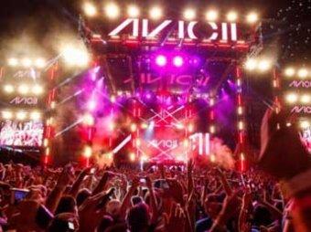 Более 80 подростков отравились алкоголем и наркотиками после концерта в США
