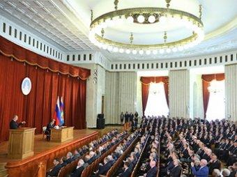 """Путин обсудил """"стремительно ухудшающуюся"""" ситуацию на Украине с членами Совбеза"""