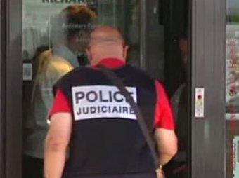 Во Франции мать школьника зарезала учительницу на глазах у всего класса