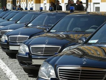 Правительство РФ запретило госзакупки иномарок