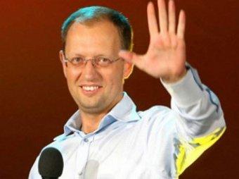 Яценюк передумал покидать свой пост