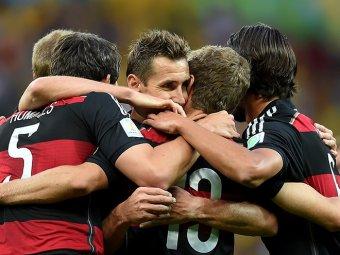 Германия - Бразилия: счет 7:1 вывел немцев в финал ЧМ-2014, а голы шокировали всю Бразилию (видео)