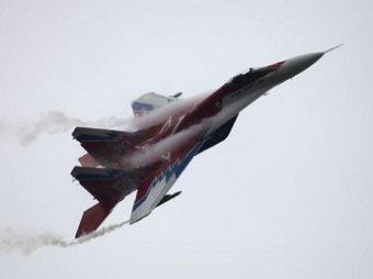 Под Астраханью разбился МиГ-29: пилот погиб, спасая машину