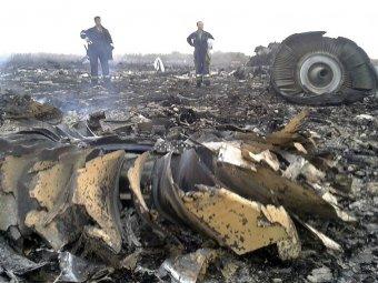 """""""Боинг 777"""" сбит над Украиной после того, как Киев потребовал лететь ниже запланированной высоты"""