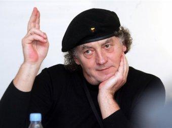 В Эстонии скончался известный певец Яак Йоала