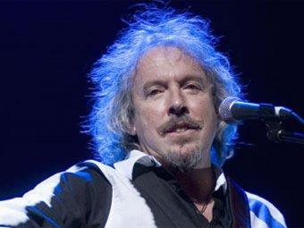 В Москве сорвали концерт Макаревича, распылив в зале газ