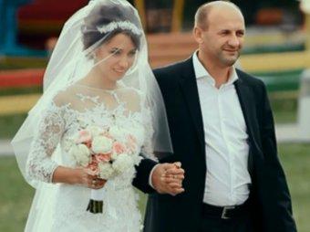 Скандал на Украине: львовский таможенник устроил дочери VIP-свадьбу