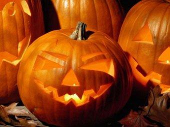 Ученики элитной школы отпраздновали Хэллоуин пьяным дебошем