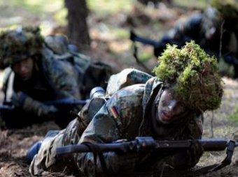 ИноСМИ: НАТО тренирует 40-тысячную армию для войны с Россией