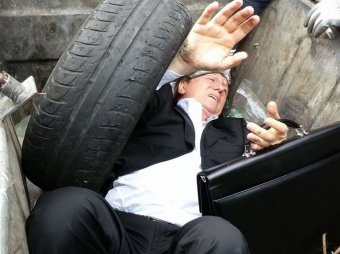 """Новости Украины 8 октября 2014: вице-премьер Украины объявил """"мусорные люстрации"""" проектом ФСБ"""