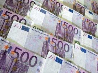 Курс евро впервые в истории превысил 53 рубля
