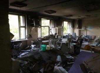 Новости Украины 1 октября 2014: в Донецке в первый учебный день снаряд попал в школу – двое погибли