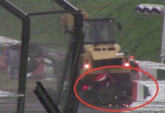 """Авария Бьянки на Гран-при Японии """"Формулы 1"""": видео появилось в Сети (видео)"""