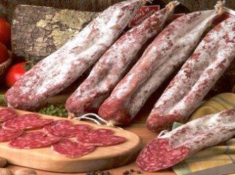 Роспотребнадзор ограничил импорт в Россию колбасы и гуляша из Европы