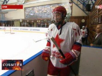 Путин сделал хет-трик в товарищеском матче с Шойгу и новым президентом КХЛ