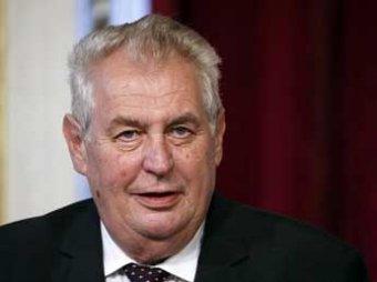 Президент Чехии считает полной бессмыслицей экономическую помощь Украине