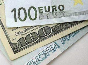 В Госдуме задумались о замене рубля другой валютой