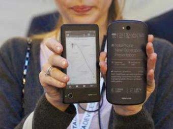 В Британии СМИ назвали YotaPhone2 худшим гаджетом 2014 года