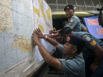 Спасатели назвали причину пропажи самолета AirAsia