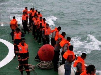 В Яванском море обнаружен хвост разбившегося аэробуса самолета AirAsia