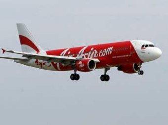 Названа причина крушения самолета AirAsia у берегов Индонезии