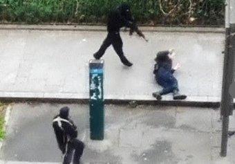 Теракт во Франции 07.01.2015: в Сети опубликовано фото террористов, напавших на Charlie Hebdo (фото, видео)