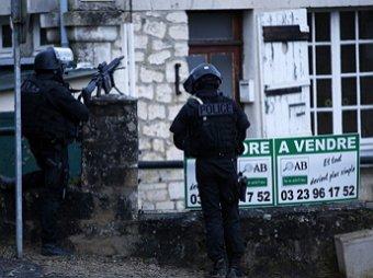 Во Франции братья Куаши, подозреваемые в нападении на Charlie Hebdo, захватили заложников (видео)