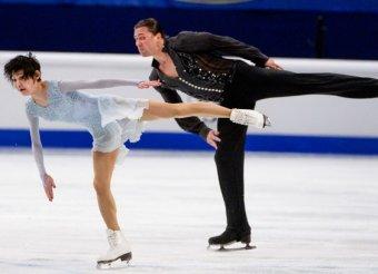 Чемпионат Европы по фигурному катанию 2015: российские пары заняли весь пьедестал (видео)