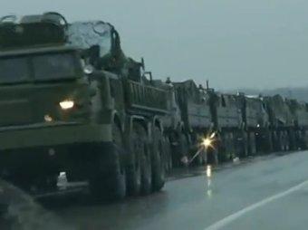 Журналисты из Финляднии засняли колонну военной техники на границе с Украиной