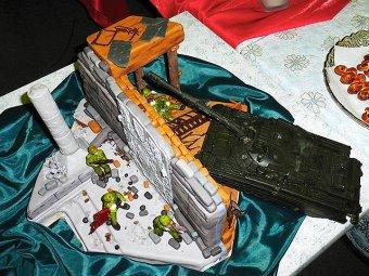 Блогеров возмутил кощунственный конкурс тортов в Красноярске