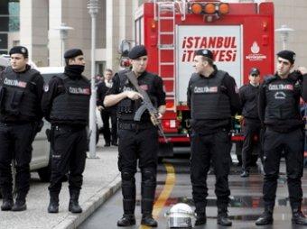 В Турции прокурора захватили в заложники