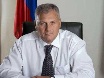 Губернатора Сахалина задержали у себя дома по делу о взятке в 60 млн