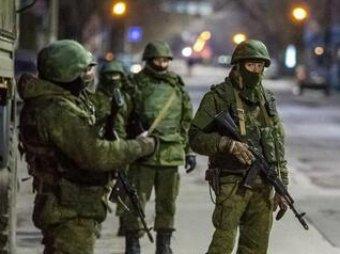 """СМИ: власти Литвы оцепили вокзалы, испугавшись прибытия """"вежливых людей"""""""