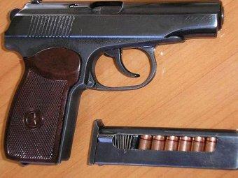 Охранник забыл сумку с пистолетом в московском метро