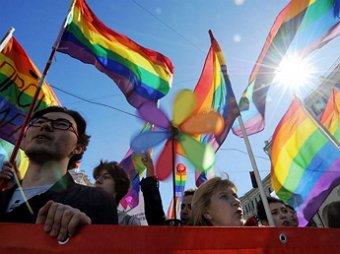 ЛГБТ-активисты в 10-й раз остались без парада