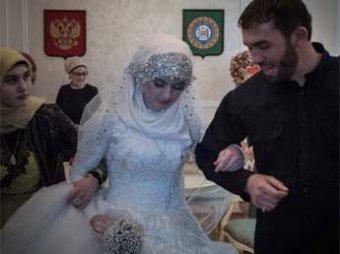 После свадьбы в Чечне с несовершеннолетней глава администрации Кадырова высказался за легализацию многоженства (фото)