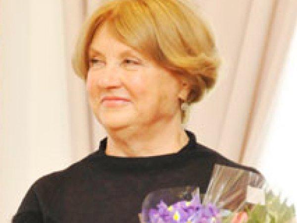 Мошенники обманули вдову Евгения Леонова на  тысяч