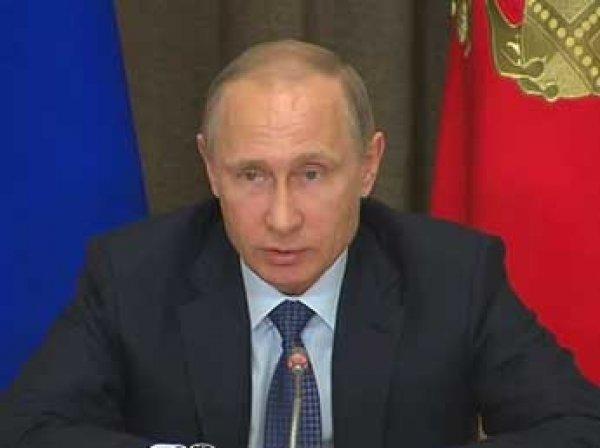 Путин отнес к гостайне данные о потерях военных в мирное время