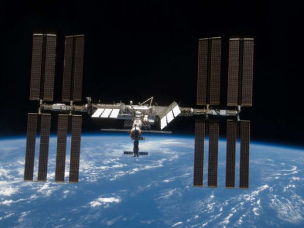 Конспирологи обвинили NASA в утаивании факта пролета НЛО рядом с МКС