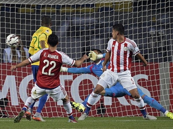 Дядя героя матча «Парагвай» - «Бразилия» умер от сердечного приступа