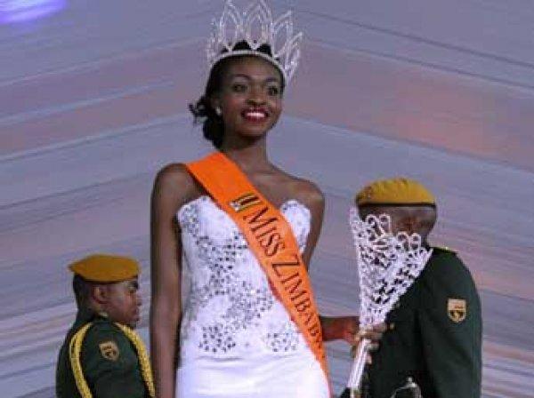 Мисс Зимбабве Эмили Качоте лишили титула из-за обнаженной фотосессии